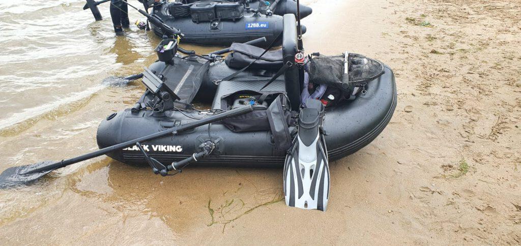 Black Viking Belly Boot
