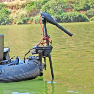 Bestelle dir einen passenden 12V E-Motor für dein Belly Boot